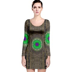 In The Stars And Pearls Is A Flower Long Sleeve Velvet Bodycon Dress