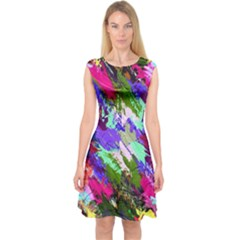 Tropical Jungle Print And Color Trends Capsleeve Midi Dress