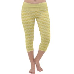 Pattern Yellow Heart Heart Pattern Capri Yoga Leggings