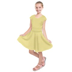 Pattern Yellow Heart Heart Pattern Kids  Short Sleeve Dress