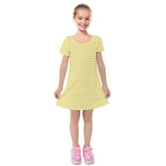 Pattern Yellow Heart Heart Pattern Kids  Short Sleeve Velvet Dress