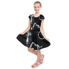 The Ring Kids  Short Sleeve Dress