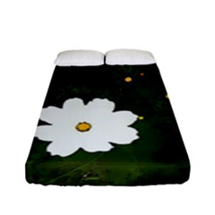 Daisies In Green Fitted Sheet (full/ Double Size) by DeneWestUK