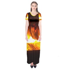 Fire Rays Mystical Burn Atmosphere Short Sleeve Maxi Dress