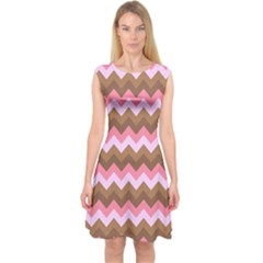 Shades Of Pink And Brown Retro Zigzag Chevron Pattern Capsleeve Midi Dress