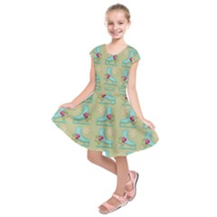 Ice Skates Background Christmas Kids  Short Sleeve Dress by Mariart