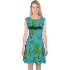 Swamp Monster Pattern Capsleeve Midi Dress