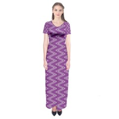 Zig Zag Background Purple Short Sleeve Maxi Dress