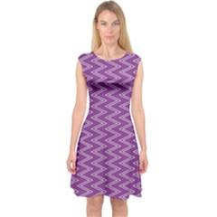 Zig Zag Background Purple Capsleeve Midi Dress