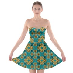 Vintage Pattern Unique Elegant Strapless Bra Top Dress