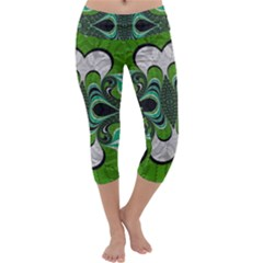 Fractal Art Green Pattern Design Capri Yoga Leggings