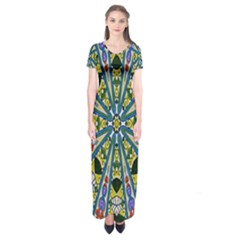 Kaleidoscope Background Short Sleeve Maxi Dress