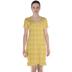 Yellow Pattern Background Texture Short Sleeve Nightdress