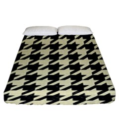 Houndstooth2 Black Marble & Beige Linen Fitted Sheet (king Size) by trendistuff