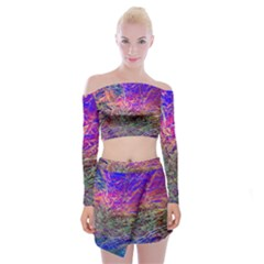 Poetic Cosmos Of The Breath Off Shoulder Top With Skirt Set