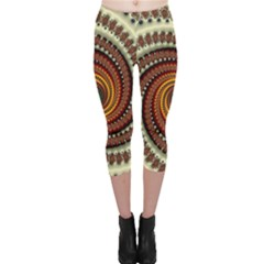 Fractal Pattern Capri Leggings