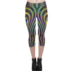 Curves Color Abstract Capri Leggings