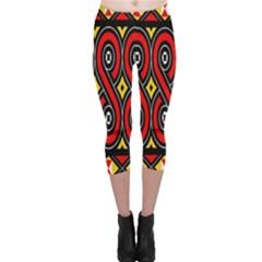 Toraja Traditional Art Pattern Capri Leggings
