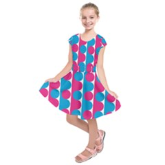 Pink And Bluedots Pattern Kids  Short Sleeve Dress