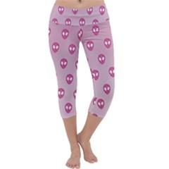 Alien Pattern Pink Capri Yoga Leggings