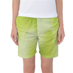 Green Soft Springtime Gradient Women s Basketball Shorts