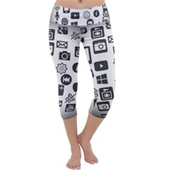 Icon Ball Logo Google Networking Capri Yoga Leggings