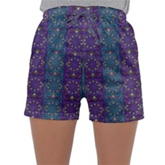 Retro Vintage Bleeding Hearts Pattern Sleepwear Shorts