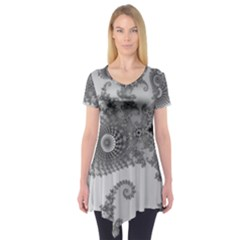Apple Males Mandelbrot Abstract Short Sleeve Tunic