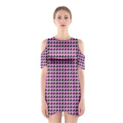 Pattern Grid Background Shoulder Cutout One Piece