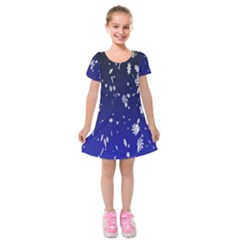 Blue Sky Christmas Snowflake Kids  Short Sleeve Velvet Dress by Mariart
