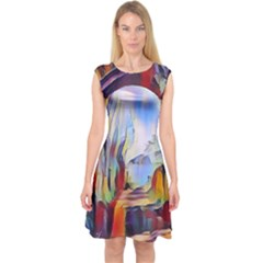 Abstract Tunnel Capsleeve Midi Dress