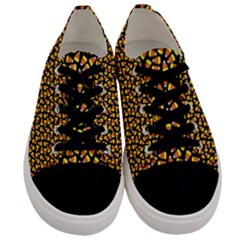 Pattern Halloween Candy Corn   Men s Low Top Canvas Sneakers