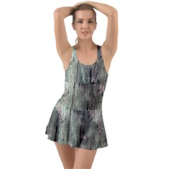 Grannys Hut   Structure 3b Swimsuit