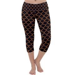 Scales1 Black Marble & Rusted Metal (r) Capri Yoga Leggings