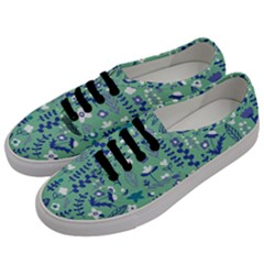 Cute Doodle Flowers 9 Men s Classic Low Top Sneakers by tarastyle