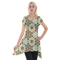 Stars And Other Shapes Pattern                               Short Sleeve Side Drop Tunic