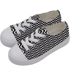 Black And White Waves Illusion Pattern Kids  Low Top Canvas Sneakers by paulaoliveiradesign