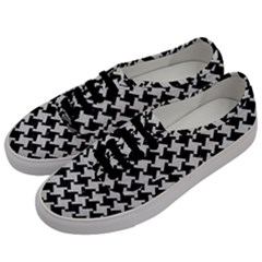 Houndstooth2 Black Marble & White Leather Men s Classic Low Top Sneakers by trendistuff