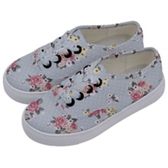 Floral Blue Kids  Classic Low Top Sneakers by 8fugoso
