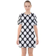 Circles2 Black Marble & White Linen (r) Sixties Short Sleeve Mini Dress