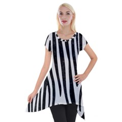 Skin4 Black Marble & White Linen (r) Short Sleeve Side Drop Tunic