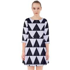 TRIANGLE2 BLACK MARBLE & WHITE LINEN Smock Dress