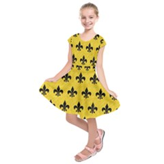 Royal1 Black Marble & Yellow Colored Pencil (r) Kids  Short Sleeve Dress