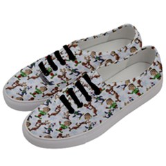 Christmas Pattern Men s Classic Low Top Sneakers by tarastyle