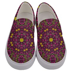 Butterflies  Roses In Gold Spreading Calm And Love Men s Canvas Slip Ons