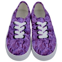 Purple Wall Background Kids  Classic Low Top Sneakers