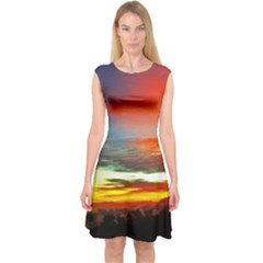 Sunset Mountain Indonesia Adventure Capsleeve Midi Dress
