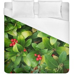 Christmas Season Floral Green Red Skimmia Flower Duvet Cover (king Size) by yoursparklingshop