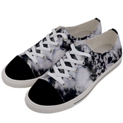 Earth Right Now Women s Low Top Canvas Sneakers by Celenk
