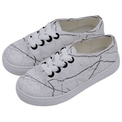 White Background Pattern Tile Kids  Classic Low Top Sneakers by Celenk